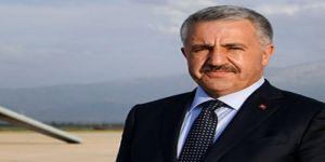 Bakan Arslan servislerle ilgili önemli açıklamalarda bulundu