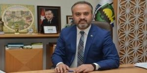 Son dakika habere göre; Recep Altepe'den boşalan koltuğa, Bursa Büyükşehir Belediye Başkanlığı'na Alinur Aktaş seçildi.