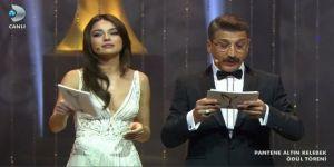 """Altın Kelebek'te Cem Davran'ın """"Tuvalet camı"""" göndermesi Hande Ataizi'ni çıldırttı"""