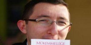 AK Parti yöneticisi Hristiyan olduğunu açıkladı