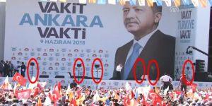 Cumhurbaşkanı Erdoğan'ın Ankara mitinginde toplam 6 tane prompter kullanıldı