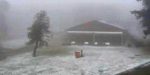 Denizli'de kar yağışı şaşkınlığı! Her yeri beyaza bürüdü