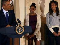 Obama'nın kızlarının etek boylarını eleştiren sözcü istifa etti