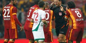Tudor, Sabri Sarıoğlu'nu takımda istemiyor.