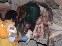 Mersin'de bina çöktü, yaralılar var
