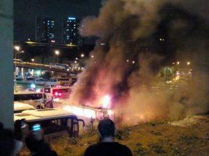 4 otobüs alev alev yandı - İstanbul